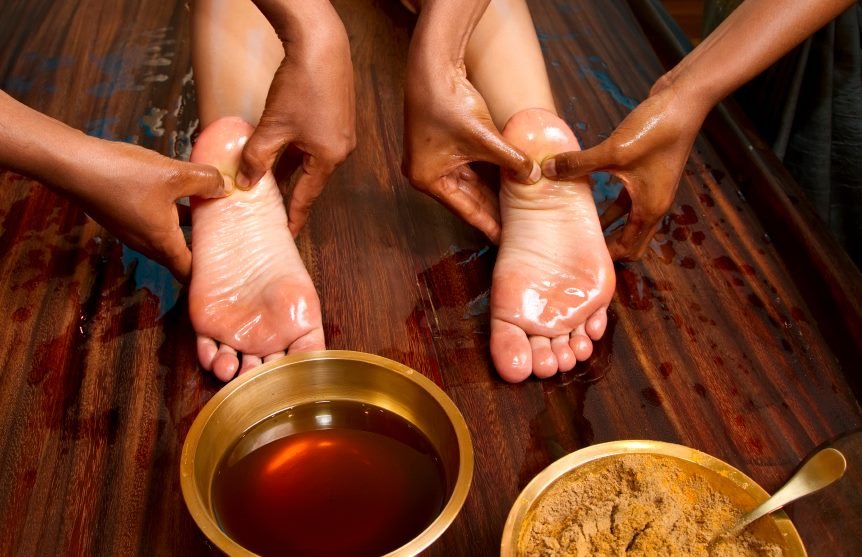 foot-massage-reflexology